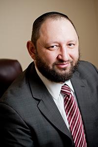 Адвокат Максим Максимов